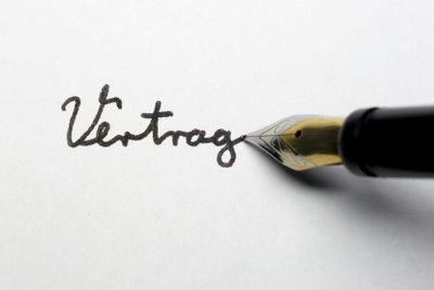 Eine schöne Schreibschrift üben Sie am besten mit einem Füller.
