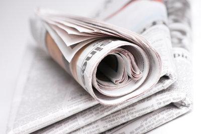 Unterschiedliche Arten von Zeitungsartikeln machen die Vielfalt einer Zeitung aus.