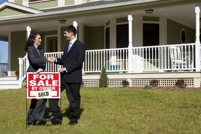 Um als Immobilienmakler das Vertrauen der Kunden zu gewinnen, benötigt man umfangreiches Fachwissen.