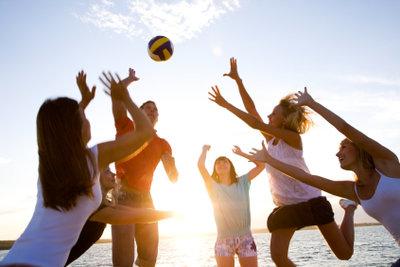 Bei Jugendgruppen kommen vor allem Spiele mit viel Bewegung gut an.