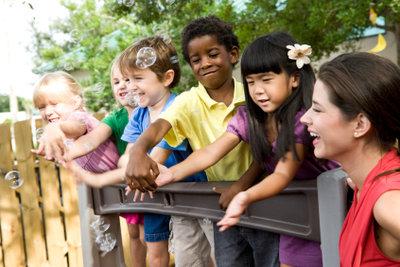 Verschenken Sie kein Geld - machen Sie Ihre Kindergartenbeiträge steuerlich geltend!