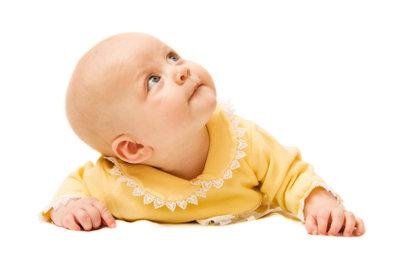 Besonders Neugeborene leiden oft unter einer Atlasblockierung.