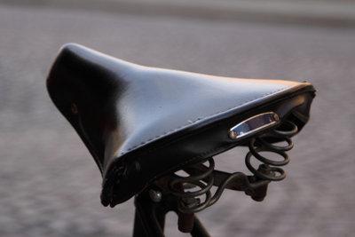 Ein Fahrradsattel aus Leder braucht besondere Pflege