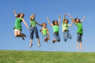 Mit den richtigen Spielen wird das Kinderfest zum Erfolg.