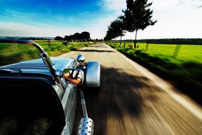 Damit Ihr Auto immer gut fährt, sollten Sie Marderschaden vermeiden.