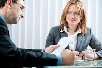 Die Hauptsache ist, dass Sie im Bewerbungsgespräch Schwächen und Stärken ehrlich präsentieren.