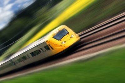 Die Monatskarte für die Bahn sollte bei der Steuererklärung geltend gemacht werden.