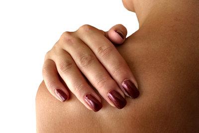 Mit Druck gegen die Schmerzen: So behandeln Sie Triggerpunkte.