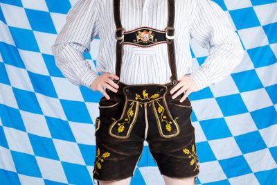 Eigentlich nur typisch bayrisch, aber als Geschenk auch als typisch deutsch geeignet: die Lederhose.