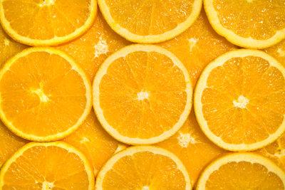 Die Berufsausbildung zum Fruchtsafttechniker verspricht gute Berufschancen.
