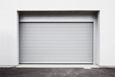 Der Boden einer Garage muss hohen Belastungen standhalten.