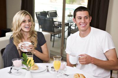 Kaffee und Joghurt schmeckt getrennt, aber auch zusammen: Können Sie alles selbst machen.