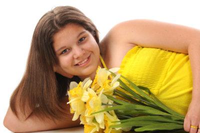 Sommerkleider in Vakuumtüten verpacken: sie bleiben fast so frisch wie Blumen.
