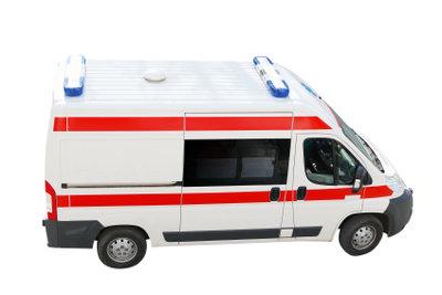 Um als Rettungswagenfahrer zu arbeiten, braucht es nicht immer eine staatlich anerkannte Ausbildung.