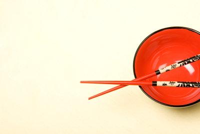 Hauptelement der chinesischen Tischdekoration ist das Geschirr.
