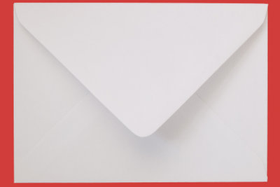 Einen Brief können Sie mit Wasserdampf so öffnen, dass man ihm nichts ansieht.