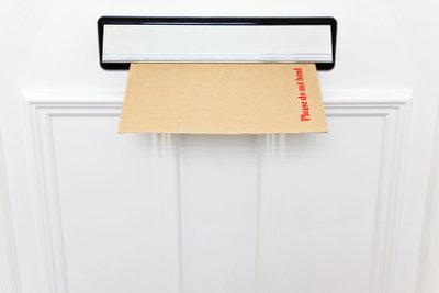 Die vermisste fömliche Zustellung kann in Ihrem Briefkasten liegen.