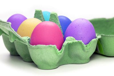 Ostereier sind im Kühlschrank länger haltbar.
