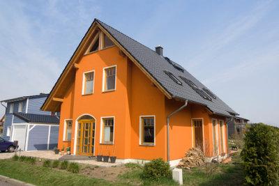 Beim Hausbau sind einige Vorgehensweisen zu beachten.