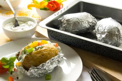 Folienkartoffeln - schneller gehts durch Vorkochen.