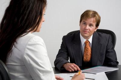 Zeitarbeitsfirmen sind eine Möglichkeit des Jobeinstiegs.