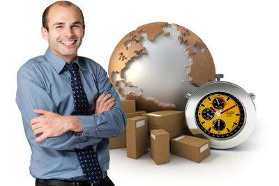 Mit einem Paketrechner finden Sie die günstigsten Angebote um Pakete in die USA zu schicken.