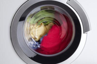 So können Sie auch bei einer Privileg-Waschmaschine eine Reparatur an der Wasserzufuhr reparieren