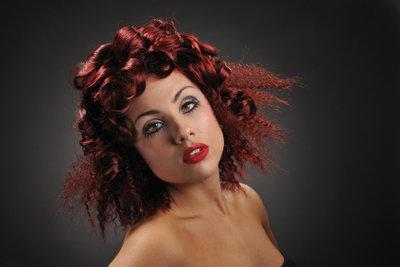 Mit der Inoa Haarfarbe können Sie Ihre Haare colorieren und gleichzeitig die Kopfhaut schützen