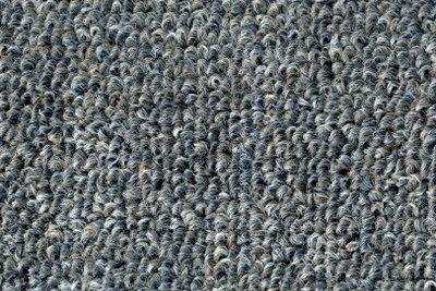 Gute Teppichbodenreiniger entfernen weitestgehend alle Flecken.
