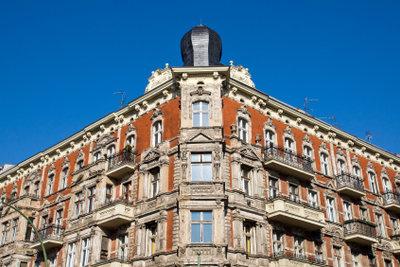 Sparen Sie Spekulationssteuer beim Immobilienverkauf durch vorzeitige Maßnahmen.