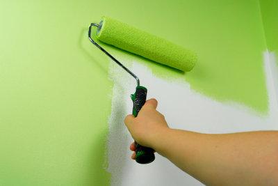 Beim Wandfarbebestellen muss die Menge passen.