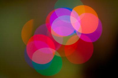 Ein Kaleidoskop zeigt eine bunte Welt.