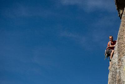 Bouldern - ein anspruchsvoller Klettersport.