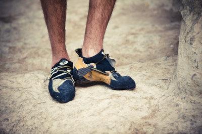Beim Klettern muss der Schuh sitzen.