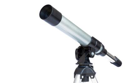 Für Anfänger leistet das Teleskop von Optus gute Dienste.
