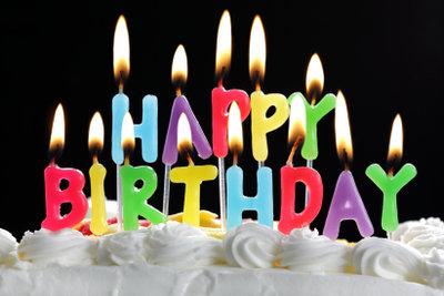 Feier zum Geburtstag liebevoll planen.