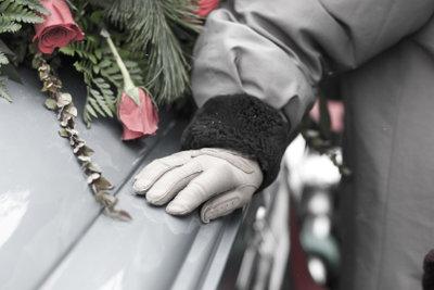 Bei einer Beerdigung ist Anteilnahme wichtig.
