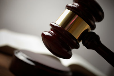 Einstellungstests für Justizangestellte lassen sich meistern.