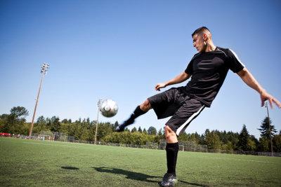Defensive Mittelfeldspieler haben zahlreiche Aufgaben.