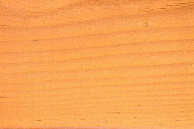 Holz kommt auch fürs Bad infrage.