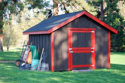 Ein Gerätehaus ist einfach zu bauen.