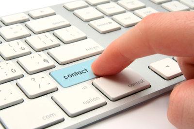 Schützen Sie Ihre E-Mail-Konten mit Masterpasswort.