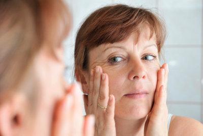 Nasenstrips können effektiv gegen Mitesser sein.