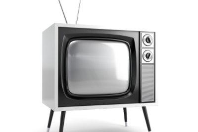 Sender programmieren bei analogem Fernsehen.