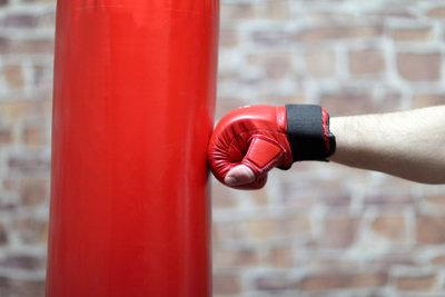 Handgelenk muss beim Boxen viel abkönnen.