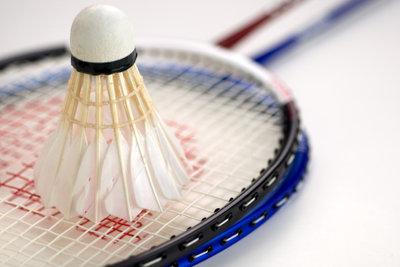 Badminton ist ein beliebter Sport.