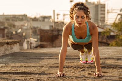 Stärke kommt von Innen - Sport kann helfen.
