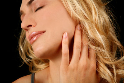 Juckreiz mit rückfettender Hautlotion behandeln