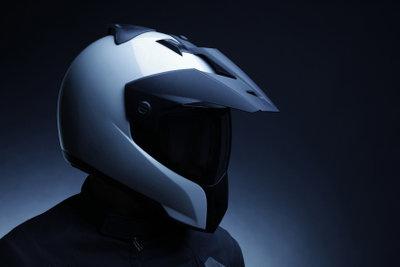 Kopfhörer für den Motorradhelm sind praktisch.