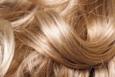 Vorsicht bei Hennaanwendung auf gefärbtes Haar!